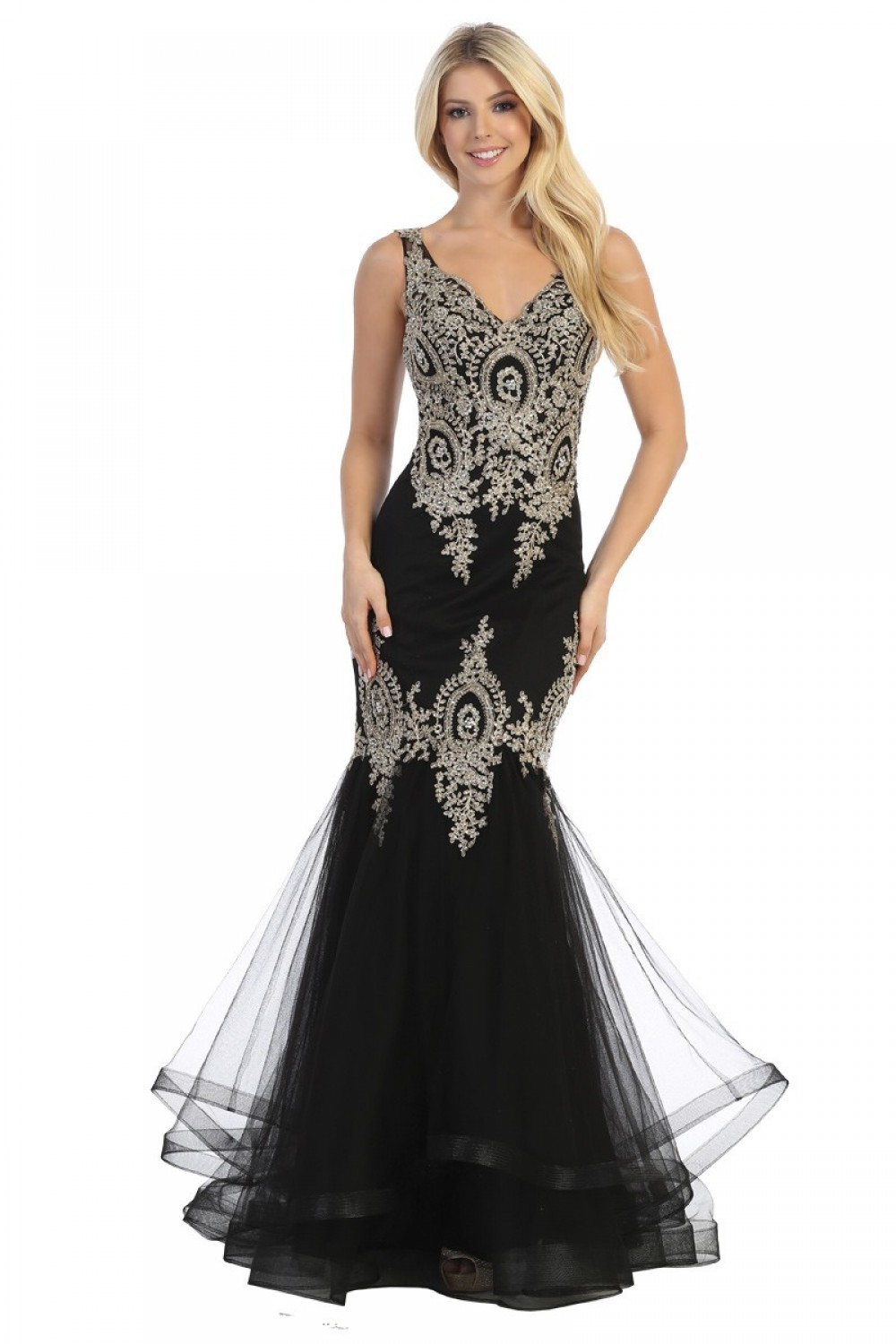 Trumpet/Mermaid Embroidered V-Neck Lace Dress